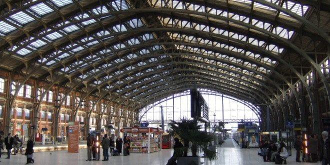 Interieur de la gare Lille flandre et europe